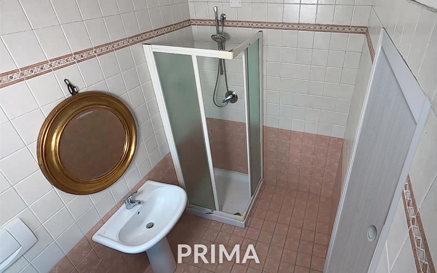 doccia prima della sostituzione